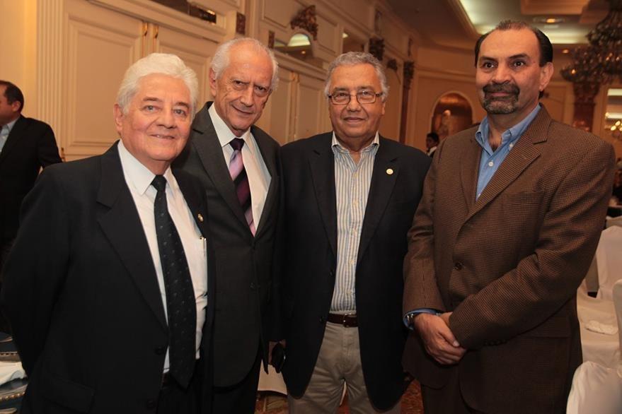 César Fernández, Roberto Montano, Armando Boesche y Marcio Cuevas. (Foto Prensa Libre: Edwin Castro)