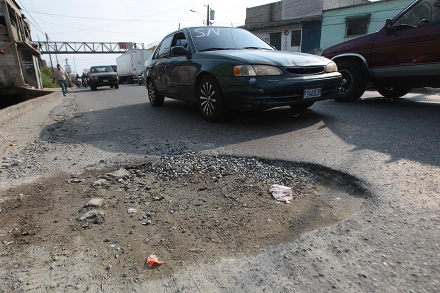 Conductores denuncian malas condiciones de carreteras.(Foto Prensa Libre: Hemeroteca PL)