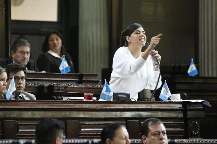 Diputada Patricia Sandoval durante una intervención en el Pleno. (Foto: Prensa Libre: Carlos Hernández Ovalle)