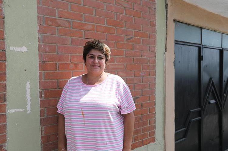 Janice Romero fue alumna de Ricardo Arjona, en la escuela oficial urbana mixta No. 454, en colonia Santa Elena III, zona 18. (Foto Prensa Libre, Brenda Martínez).