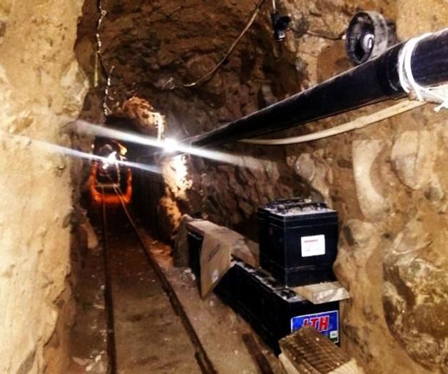 El túnel estaba equipado con sistema de rieles, ventilación y luces.