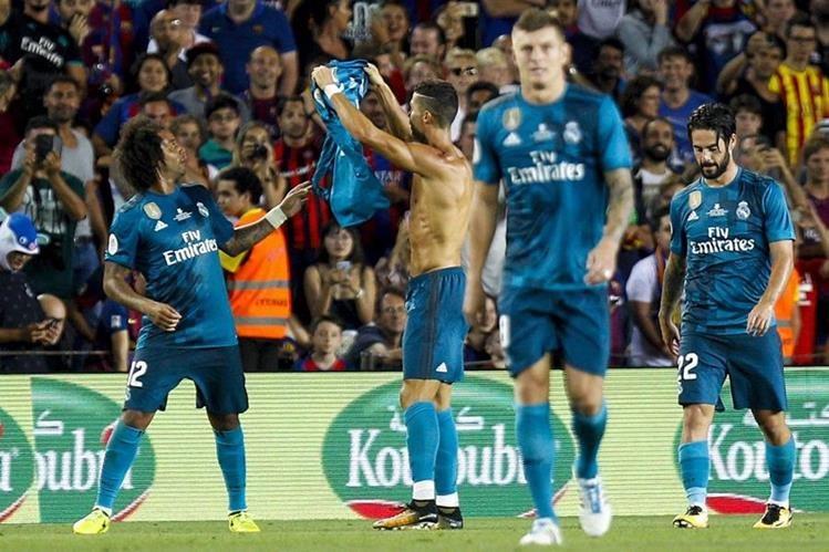"""El Real Madrid dio una """"bofetada"""" al Barcelona en su propia casa. (Foto Prensa Libre: EFE)"""