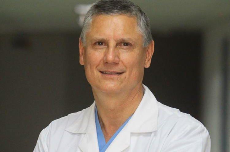 Doctor Javier Bolaños.