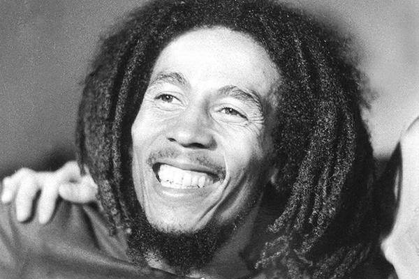 <p>La estrella del reggae jamaicano Bob Marley dejó un legado musical. (Foto Prensa Libre: AFP)<br></p>