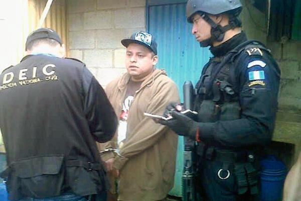 Antonio Televario Navichoc fue capturado en Mixco, Guatemala, presunto autor intelectual de la muerte de un camarógrafo en Chicacao, Suchitepéquez. (Foto Prensa Libre: PNC)