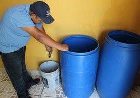 La municipalidad advirtió que el servicio podría ser irregular durante la época lluviosa. (Foto Prensa Libre: Hemeroteca PL)