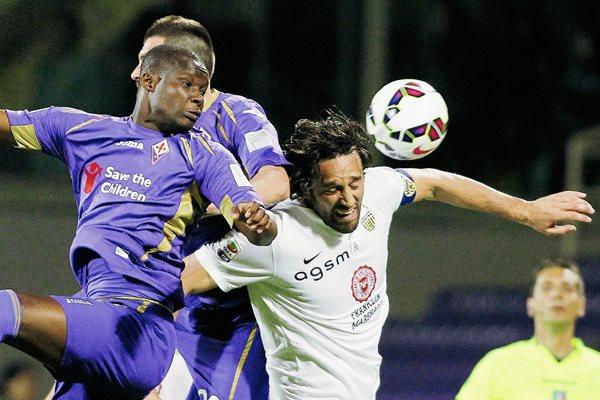Fiorentina cayó 1-0 contra Hellas Verona. (Foto Prensa Libre: AP).