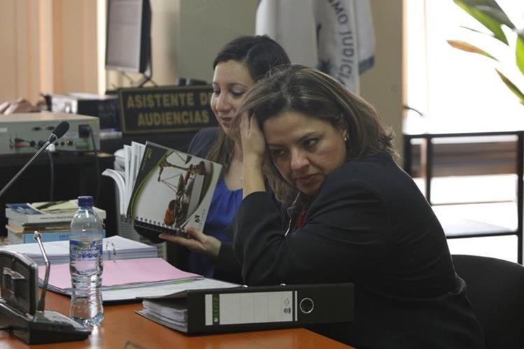 Sandra Jovel, ministra de Relaciones Exteriores, quiso hacer uso de su inmunidad en el proceso que enfrenta por un caso de adopción irregular. (Foto Prensa Libre: Paulo Raquec)