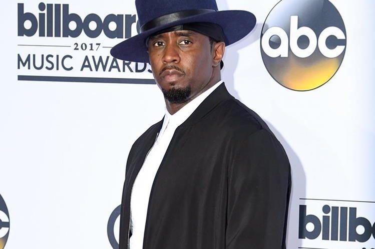 La mayoría de las ganancias del rapero Diddy provienen de la venta de ropa de su marca Sean John. (Foto Prensa Libre: AFP)