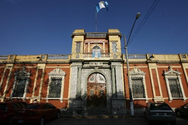 Dos acciones distintas buscan que el TSE cancele al partido Líder, Patriota y UNE. (Foto Prensa Libre: Hemeroteca PL)