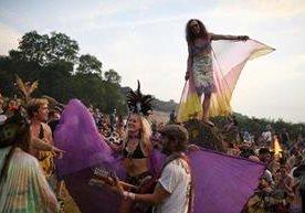 El festival para las artes en Inglaterra, congrega a centenares de melómanos.
