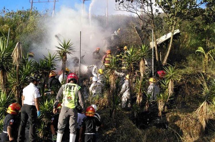 Los Tripulantes de la avioneta han sido identificados como Manuel Alejandro Preza, de 41 años, y Rodrigo Ibarra, de 53 años.
