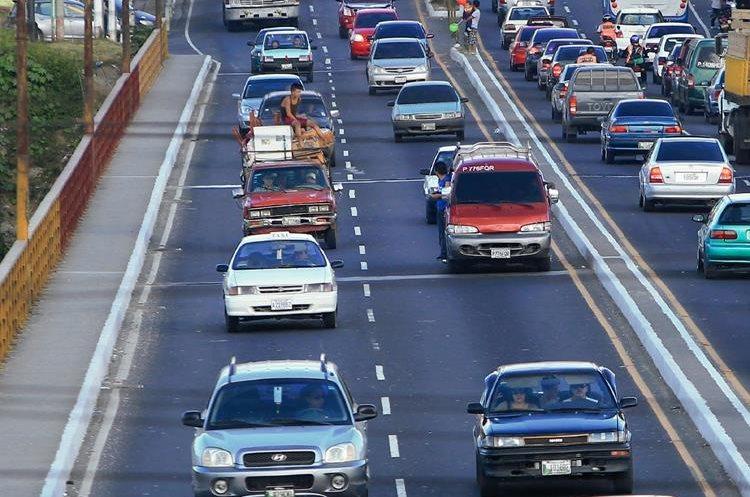 Las movilizaciones no bloquerán el paso vehicular pero podrían ponerlo lento. (Foto Prensa Libre: Hemeroteca PL)
