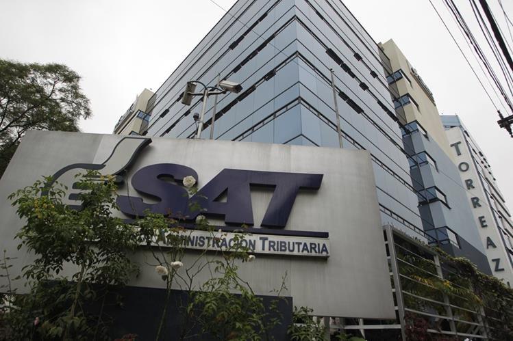 En abril fueron capturados varios directivos de la SAT entre ellos dos superintendentes. (Foto Prensa Libre: Hemeroteca PL)