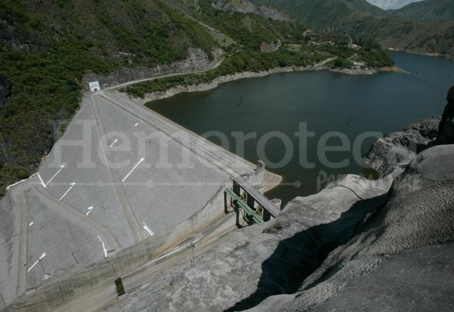 La presa de Pueblo Viejo en Chixoy como luce en la actualidad. (Foto: Hemeroteca PL)