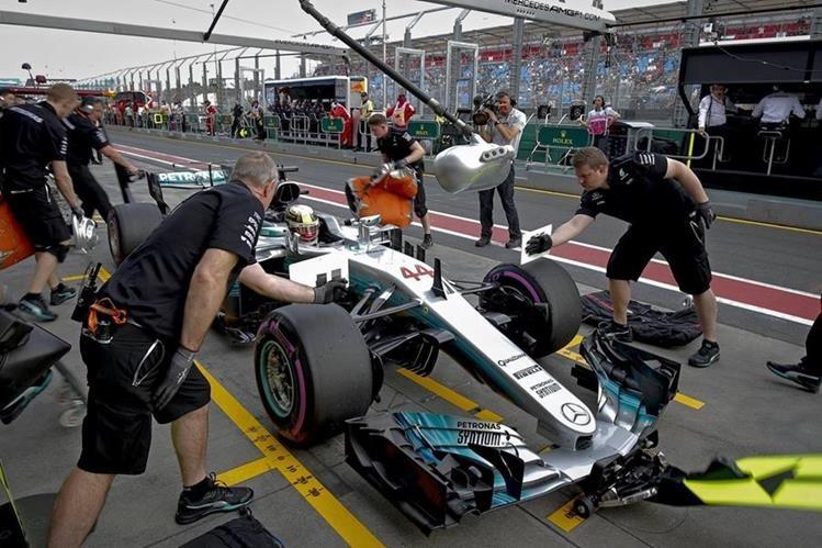 El británico Lewis Hamilton (Mercedes) demostró que está a punto para competir. (Foto Prensa Libre: AFP)