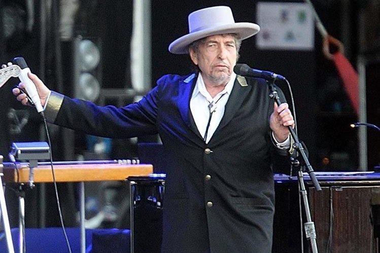 Bob Dylan lanzará el álbum titulado Fallen Angels. (Foto Prensa Libre: AP)