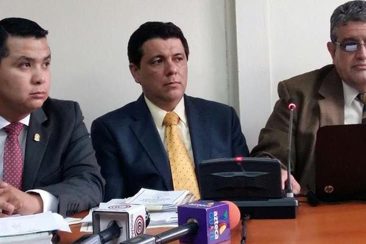 El magistrado Érick Santiago de León por medio de su declaración intentó desvirtuar los señalamientos del MP. (Foto Prensa Libre: Hemeroteca PL)
