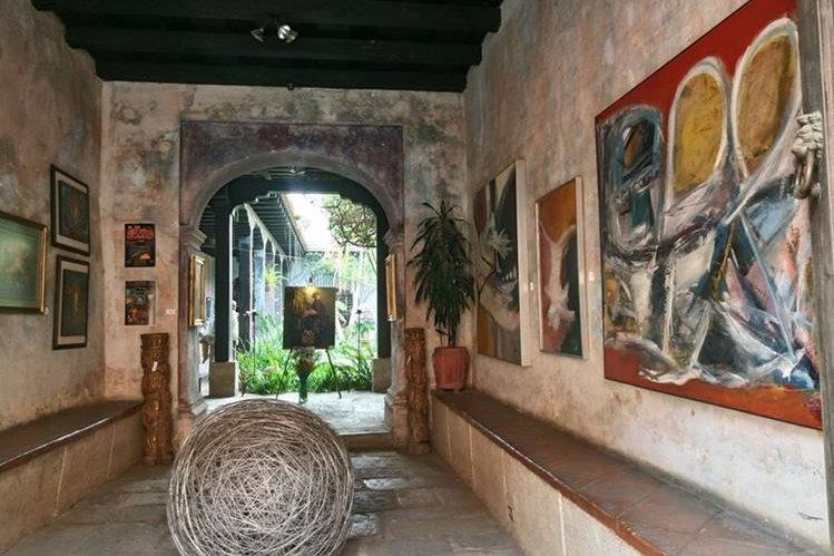 Este espacio cuenta con una agenda muy activa, ofrece una exposición diferente cada mes. (Foto Prensa Libre: José Luis Escobar).