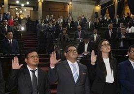 El Congreso juramentó a tres nuevos diputados. (Foto Prensa Libre: Paulo Raquec)