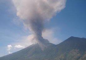 Una de las actividades de simulacro se efectuará en el Volcán de Fuego. (Hemeroteca PL)