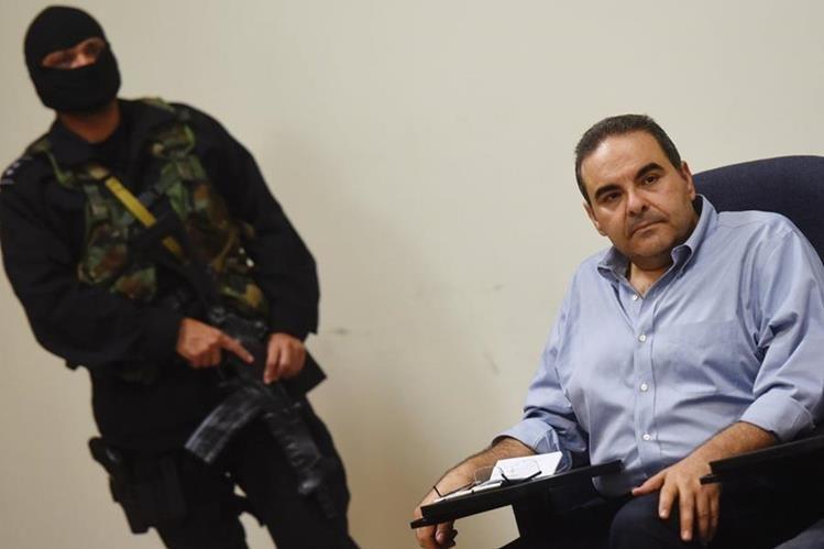 Elias Antonio Saca comparece a la segunda jornada de audiencia. (Foto Prensa Libre:AFP).
