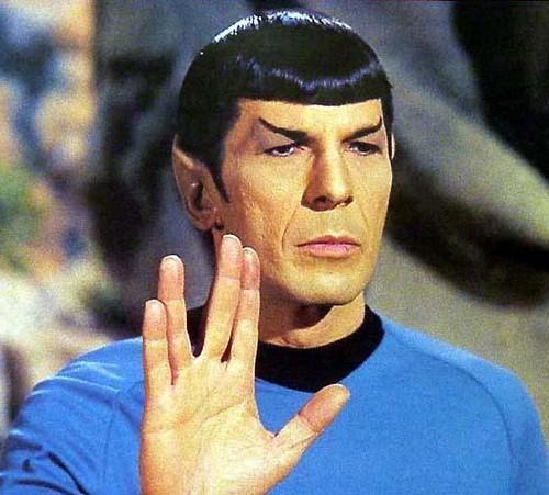 """El inconfundible saludo de Mr. Spock, interpretado por Leonard Nimoy, transmite el mensaje de """"larga vida y prosperidad."""
