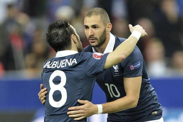El delantero de Real Madrid, Karim Benzema, es uno de los imputados en el caso de chantaje por un video de contenido sexual contra su compañero de selección Mathieu Valbuena. (Foto Prensa Libre: Hemeroteca)