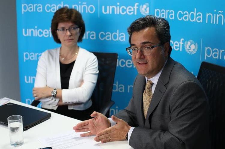 Expertos de Unicef recomiendan una correcta atención de las personas desde que están en el vientre. (Foto Prensa Libre: Paulo Raquec)