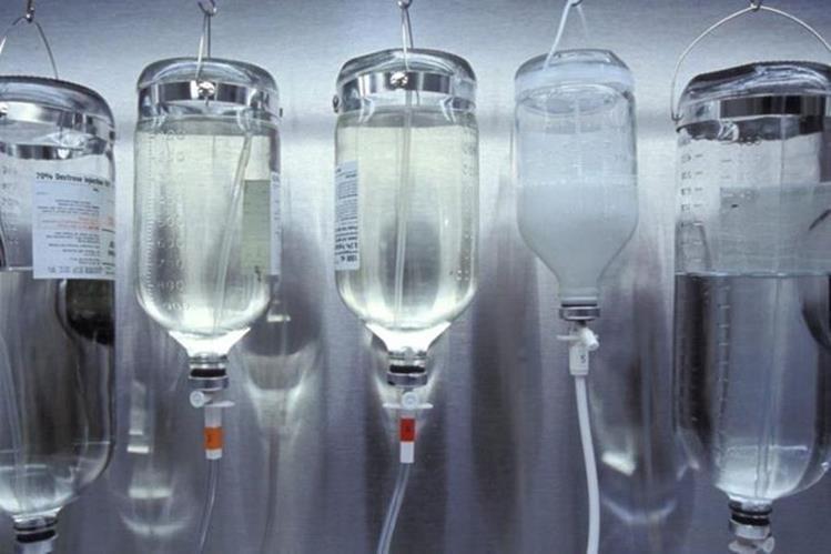 Estos tratamientos se aplican de la misma manera que el suero fisiológico. (THINKSTOCK)