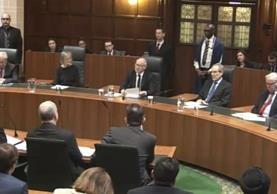 Lord Neuberger, presidente del Tribunal Supremo habla en la Corte Suprema en Londres. (Foto Prensa Libre:AP).