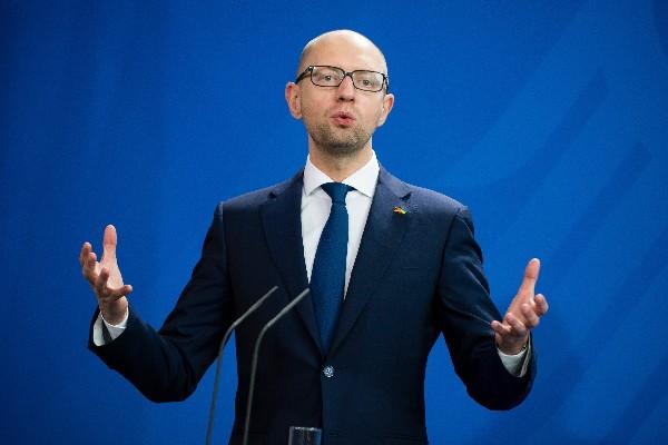 Arseni Yatseniuk renuncia como primer ministro de Ucrania.(EFE).