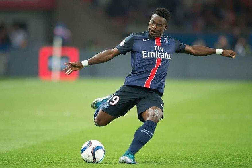 El jugador insultó a su técnico Laurent Blanc en redes sociales y después pidió disculpas. (Foto Prensa Libre: Hemeroteca)