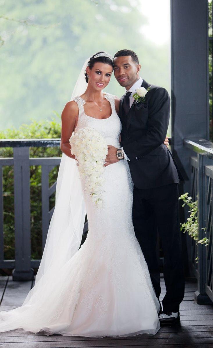 Jermaine Pennant junto a su esposa Alice Goodwin, con quien se casó en el 2014. (Foto tomada de internet)