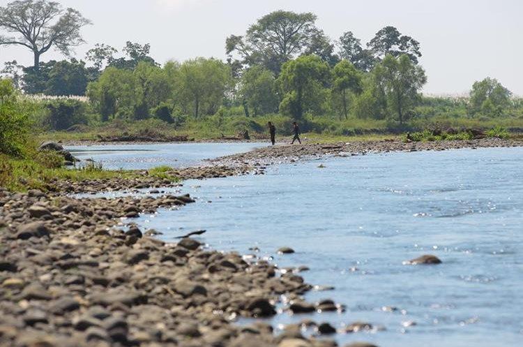Desde hacia 25 años que el río no corría caudaloso.