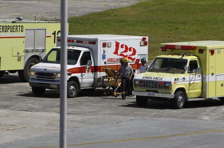 Varios cuerpos de socorro participan en la simulación de secuestro aéreo.