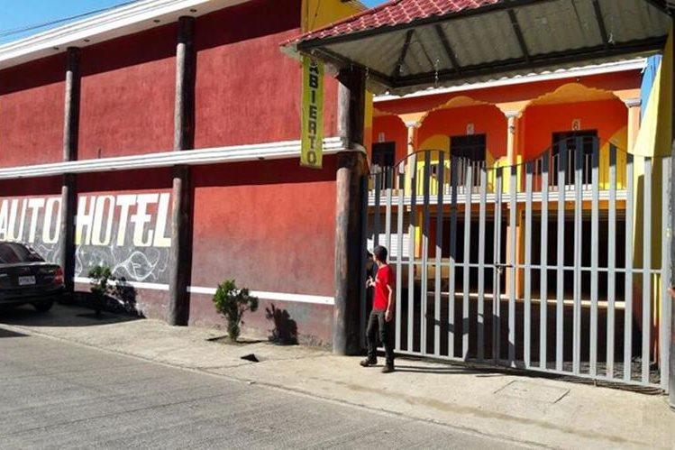 La pareja fue localizada en un autohotel, en Chijou, Santa Cruz Verapaz. (Foto Prensa Libre: Eduardo Sam)