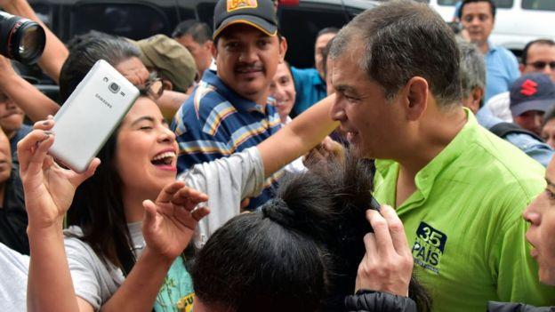 Rafael Correa regresó a Ecuador de Bélgica para hacer campaña por el NO. GETTY IMAGES
