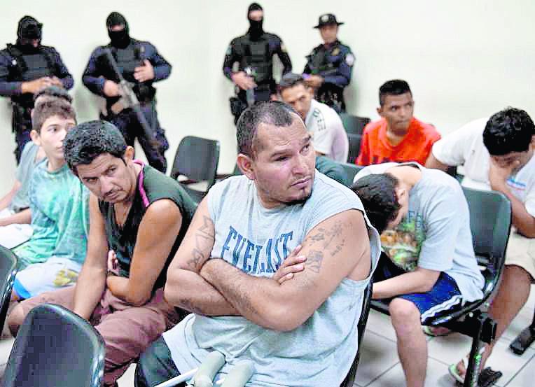 En El Salvador las pandillas están integradas por más de 70 mil jóvenes y adultos. (Foto Hemeroteca PL).