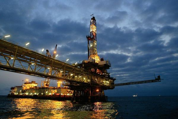 El precio del crudo  tiene una leve recuperación en la bolsa de Nueva York.  (Fotografía Prensa Libre: Hemeroteca PL)