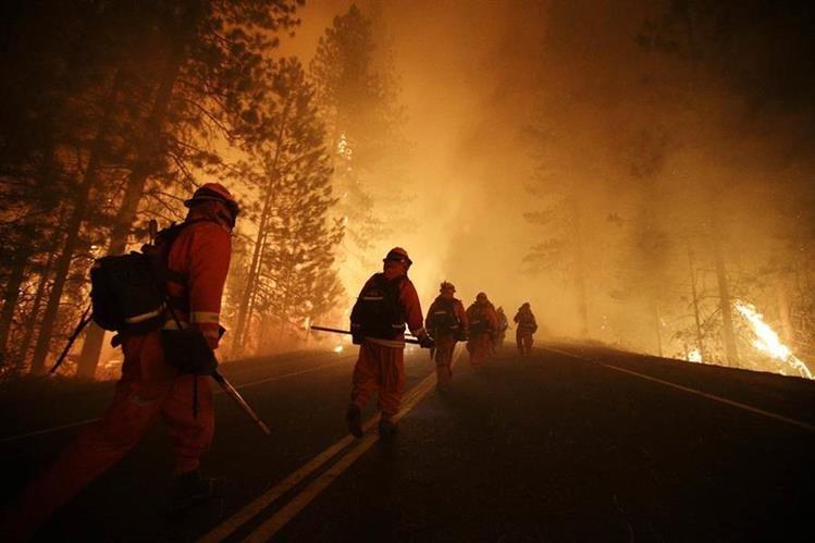 El cambio climático originará fuertes incendios naturales en montañas de EE.UU.