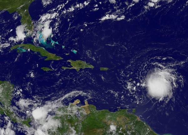 <em>Imagen de satélite ubica a Erika en dirección a las Antillas Menores.</em>