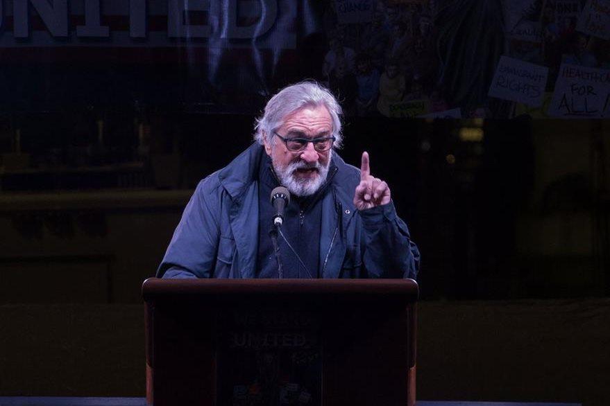 Robert De Niro apoyó la protesta masiva en Nueva York. (Foto Prensa Libre: AFP)