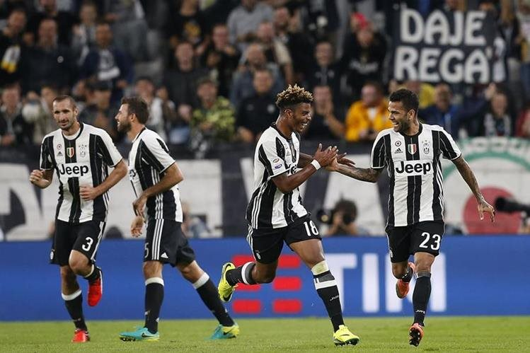 La Juventus se aferró a la cima de la Liga italiana. (Foto Prensa Libre: AFP)