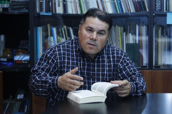 <p>Héctor Reyes, abogado de Caldh.</p>