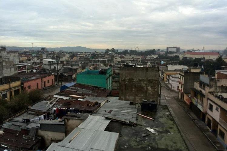 El sistema de baja presión se movió hacia México y las lluvias cesan en el país. (Foto Prensa Libre: Estuardo Paredes).