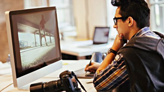 El algoritmo fue entrenado con una base de datos de 5.000 imágenes. Cada una había sido retocada por cinco fotógrafos profesionales. GETTY IMAGES