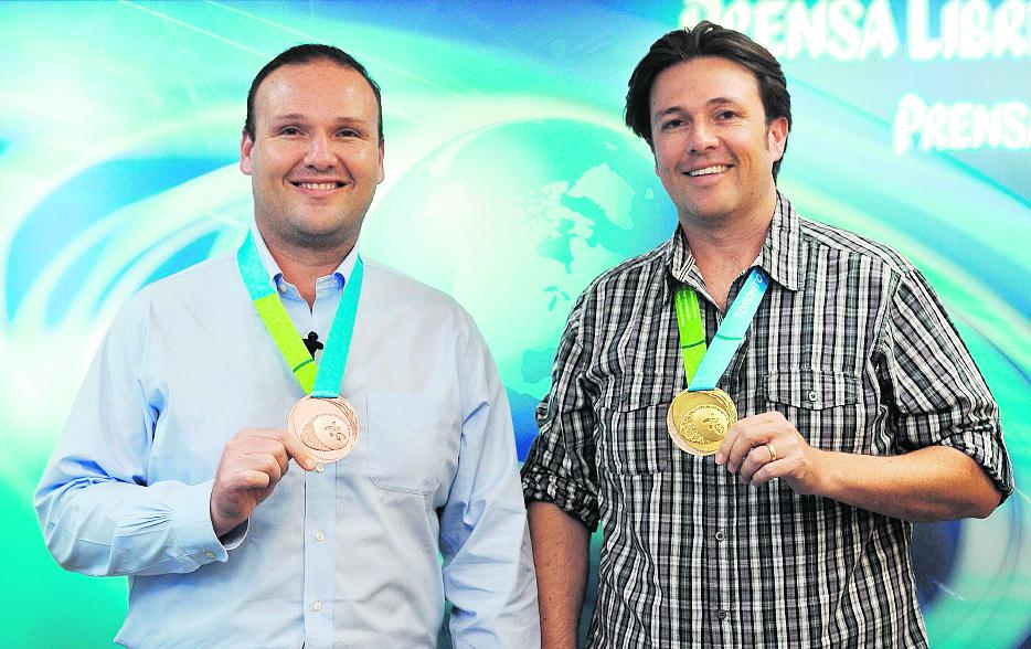 Enrique y Hebert Brol, medallistas de los Juegos Panamericanos de Toronto. (Foto Prensa Libre: Hemeroteca PL),