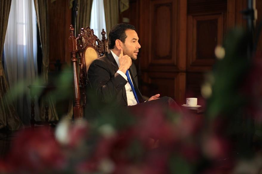 Morales afirma que ningún sector influye coercitivamente en las decisiones del Ejecutivo. (Foto Prensa Libre: Esbin García)