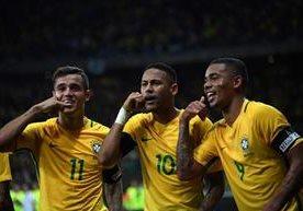 Neymar le gana el duelo a Messi en Conmebol
